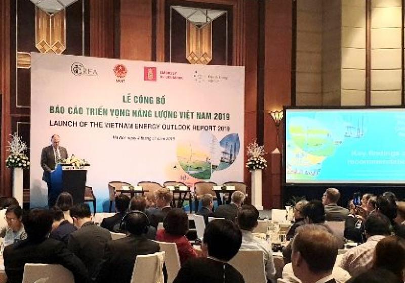Việt Nam cần sớm giảm tiêu thụ điện than