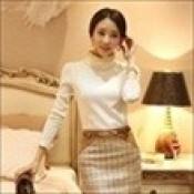AD0061-25: Áo len dệt kim dài tay xinh đẹp